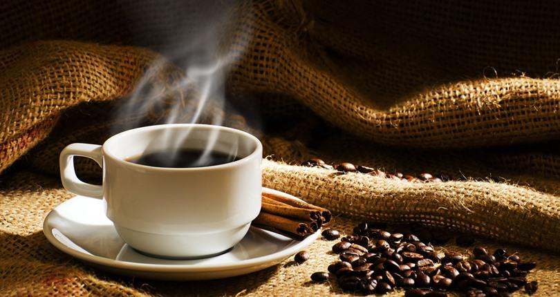 expendedoras de café en las primeras horas laborales